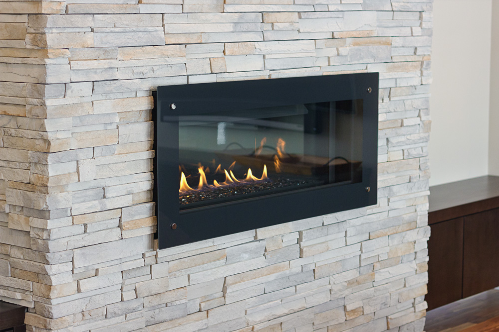 Horizontal Contemporary Fireplace and Feature Wall